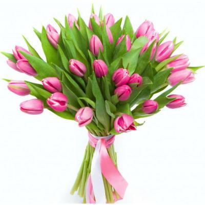 Охапка розовых тюльпанов